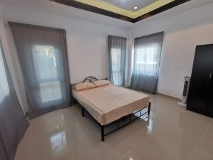 Fire Sale! House with private Pool